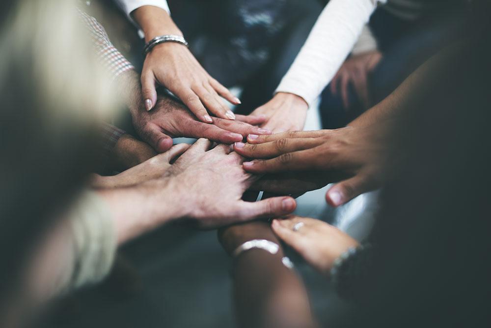 hands-community