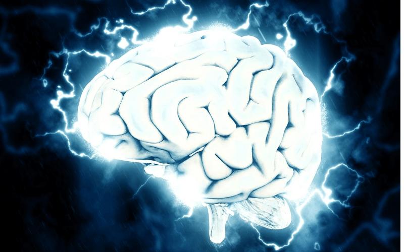 Brain with lightning crackles around it